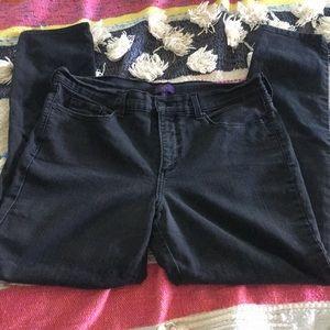 NYDJ skinny black vintage jeans. 12